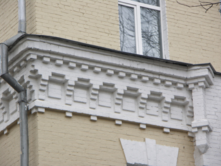 Средний карниз, Кирпичная архитектура, фотографии кирпичрых домов. Архитектор Антон Булатецкий