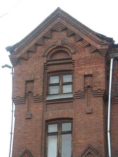 Фасад флигеля, Кирпичная архитектура, фотографии кирпичрых домов. Архитектор Антон Булатецкий