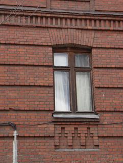 Кирпичный цоколь, Кирпичная архитектура, фотографии кирпичрых домов. Архитектор Антон Булатецкий