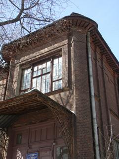 Кованый навес, Кирпичная архитектура, фотографии кирпичрых домов. Архитектор Антон Булатецкий