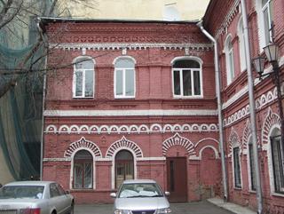 Красивый фасад кирпичного здания, Фотографии кирпичных домов, примеры античных - классических архитектурных форм. Архитектор Антон Булатецкий