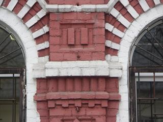 Гармоничная кирпичная кладка, Фотографии кирпичных домов, примеры античных - классических архитектурных форм. Архитектор Антон Булатецкий