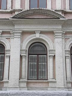 Пример аркады в кирпичной кладке, Фотографии кирпичных домов, примеры античных - классических архитектурных форм. Архитектор Антон Булатецкий