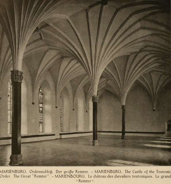 German architecture of the middle ages and Renaissance 1920 г. Иллюстрация 134. Готическая архитектура, иллюстрации из 16-и книг, часть 2-я. Архитектор Антон Булатецкий