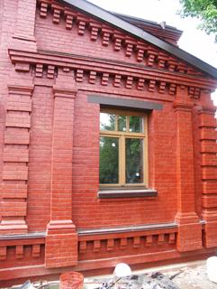 Двухэтажный дом из кирпича, с верандой, 130 (150) м2