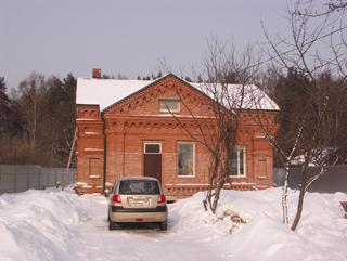 Дом с подвалом и мансардой, 150 м2